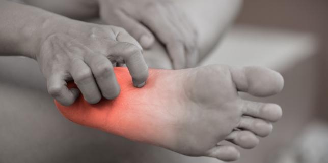 roseata intre degetele de la picioare condiloame în locuri intime pentru bărbați