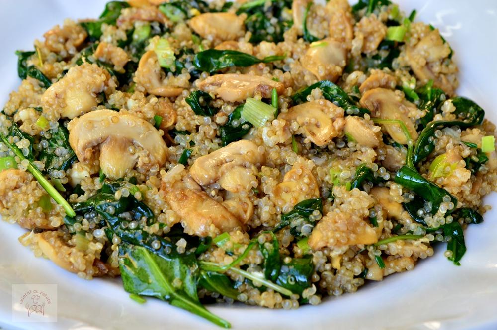 ciuperci cu quinoa