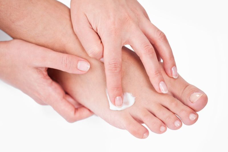 roseata intre degetele de la picioare hpv labbro inferiore